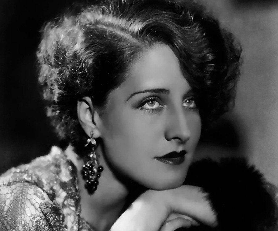 Actress Norma Shearer, who did not die of consumption